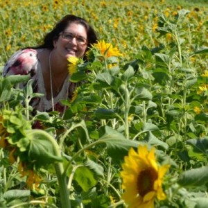 Kate-in-sunflowers-300x300